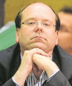 nachdenklicher Minister Meyer (c) bild.de
