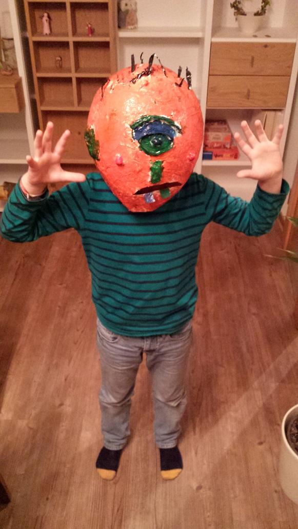 Halloween Elias