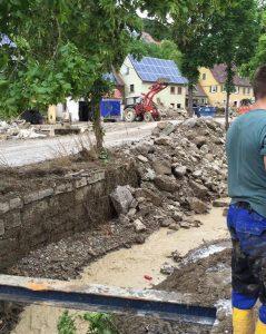 in Braunsbach wird wieder aufgeräumt