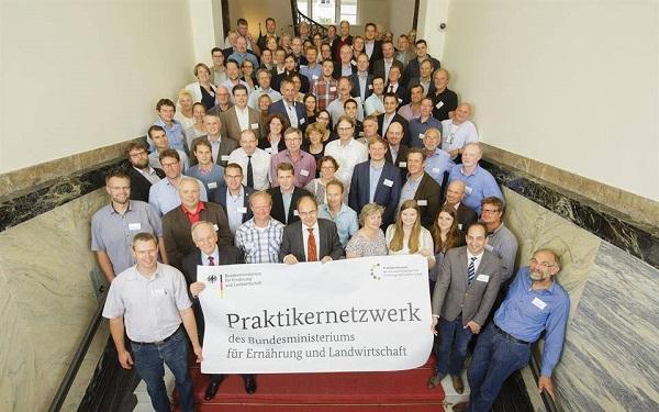 ca. 80 Landwirte aus dem gesamten Bundesgebiet trafen sich zum ersten Praktikernetzwerktreffen in Berlin