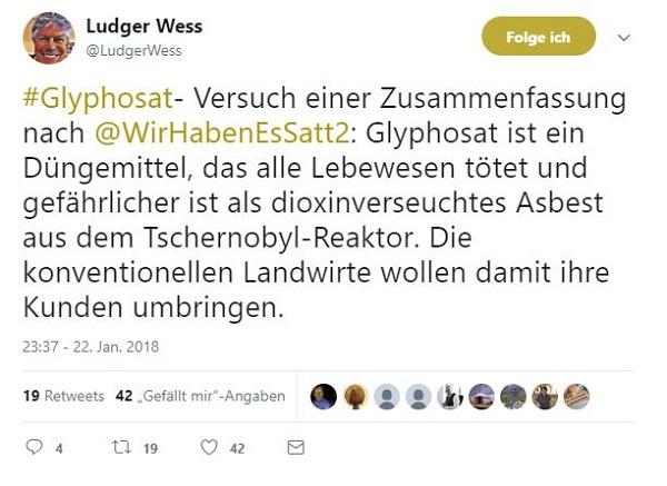 #Glyphosat- Versuch einer Zusammenfassung nach @WirHabenEsSatt2: Glyphosat ist ein Düngemittel, das alle Lebewesen tötet und gefährlicher ist als dioxinverseuchtes Asbest aus dem Tschernobyl-Reaktor. Die konventionellen Landwirte wollen damit ihre Kunden umbringen.